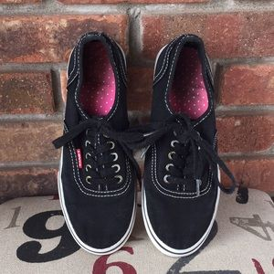Black Levi's Tennis Shoes